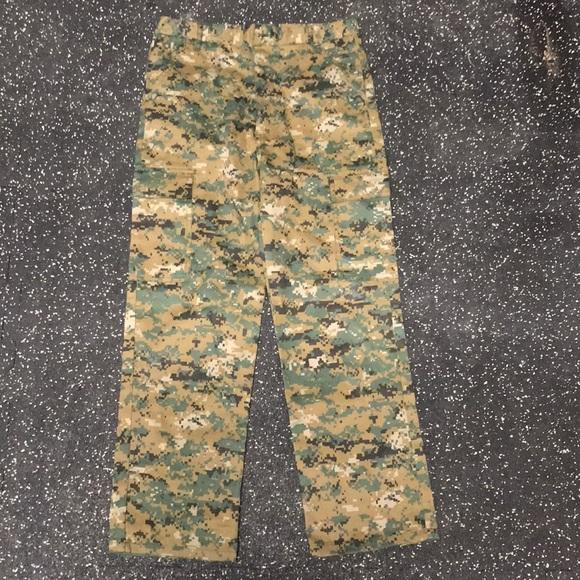 Other - BOYS camo pants